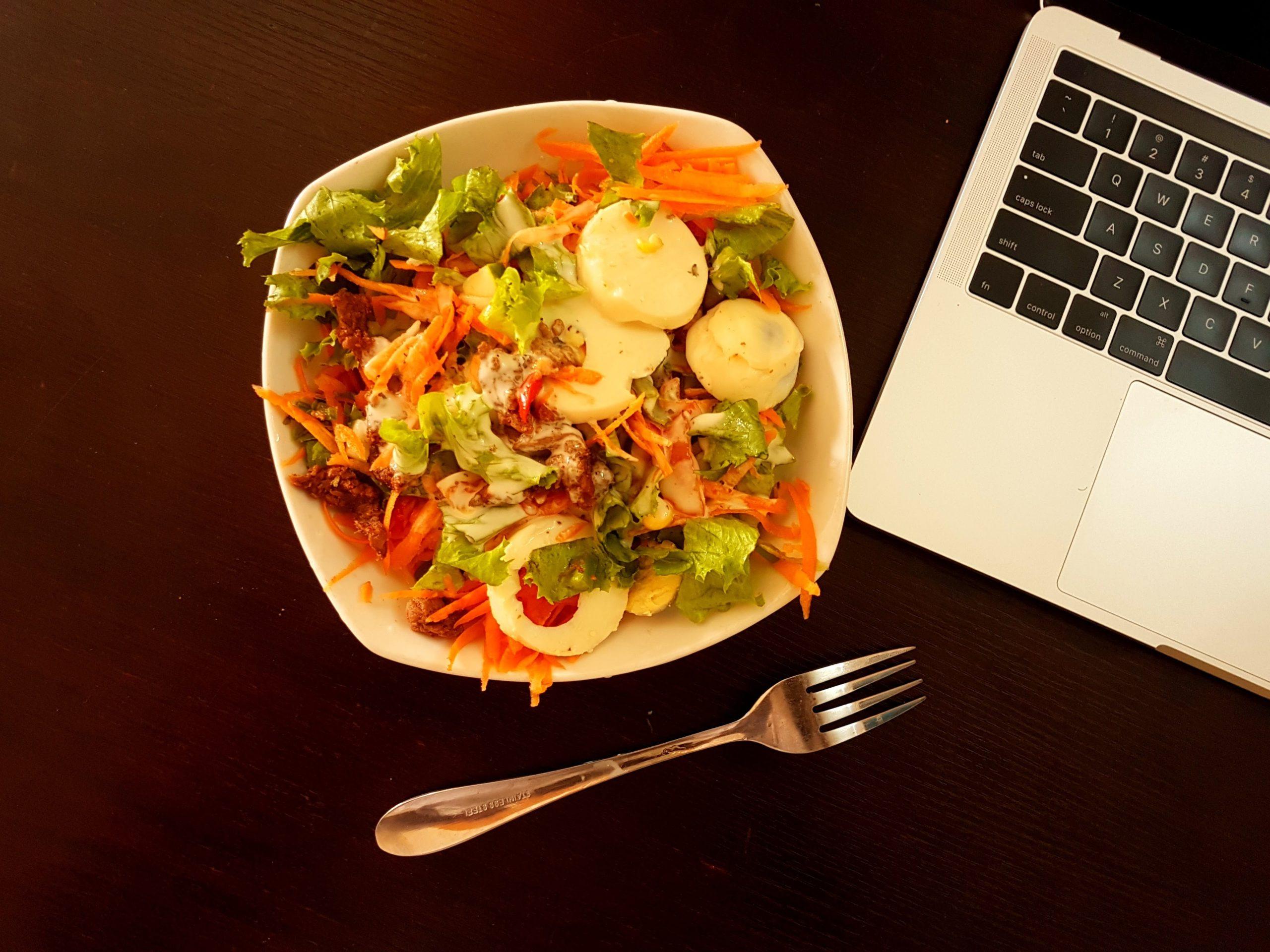 すぐ食べたい!が叶う。宅食ヨシケイの冷凍お惣菜弁当がとにかく便利