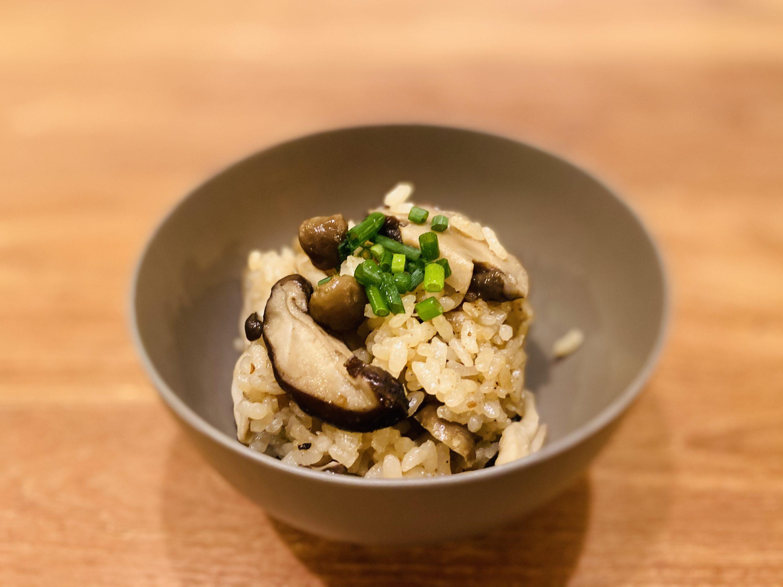調理時間3分!我が家の「香るキノコの炊き込みご飯」のレシピ